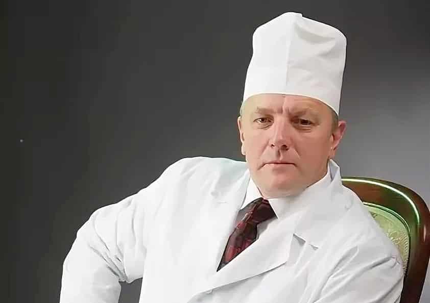 «Единая Россия» приостановила членство главврача Красного креста Евгения Яскина